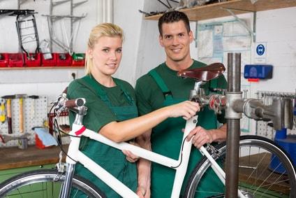 Zweiradmechatroniker/in Ausbildung - Voraussetzungen und Gehalt